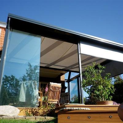 Glashaus mit integrierter Senkrechtmarkrise