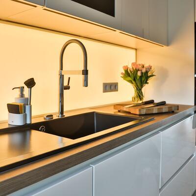 Küchenrückwand aus Glas mit LED Backlight